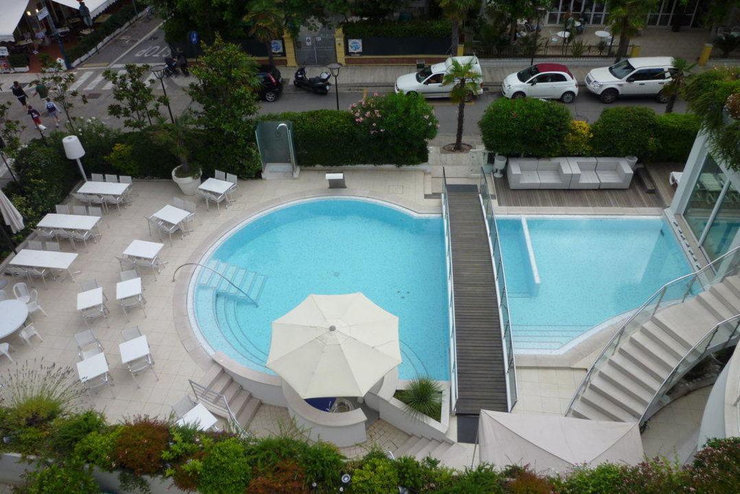 Blick auf den Pool Hotel Belvedere