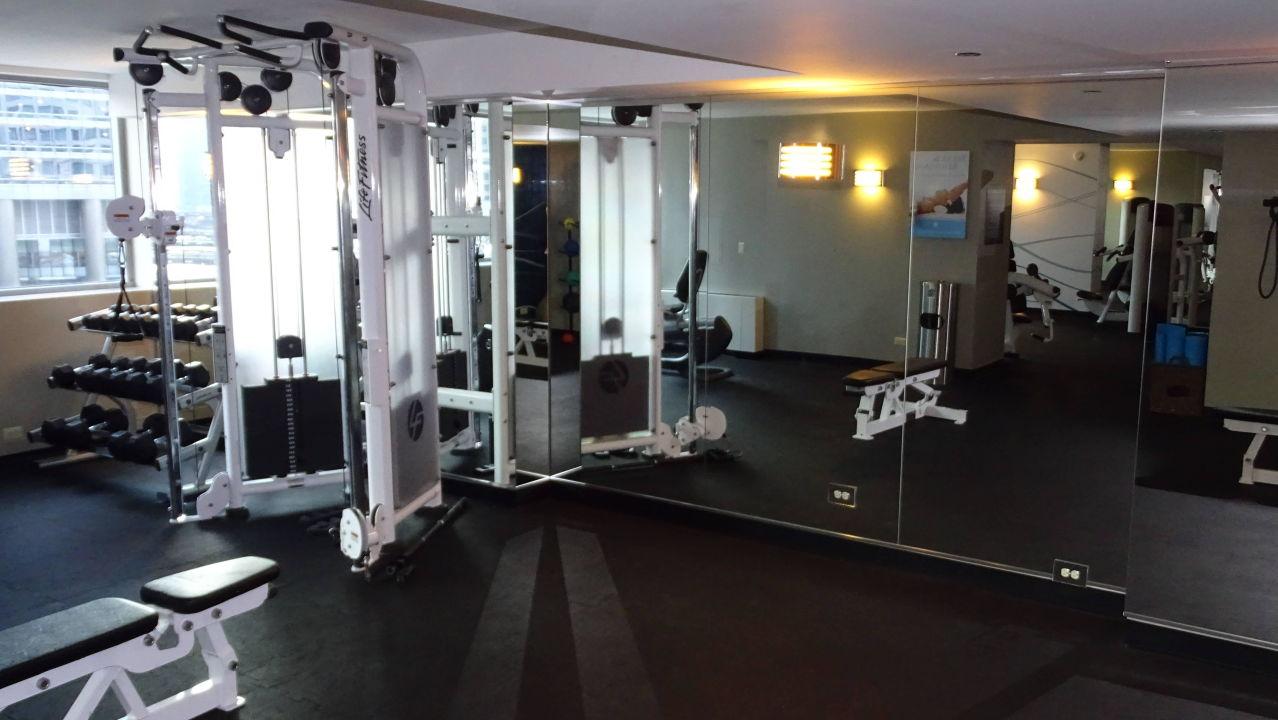 Fitnessraum Hotel Wyndham Grand Chicago Riverfront