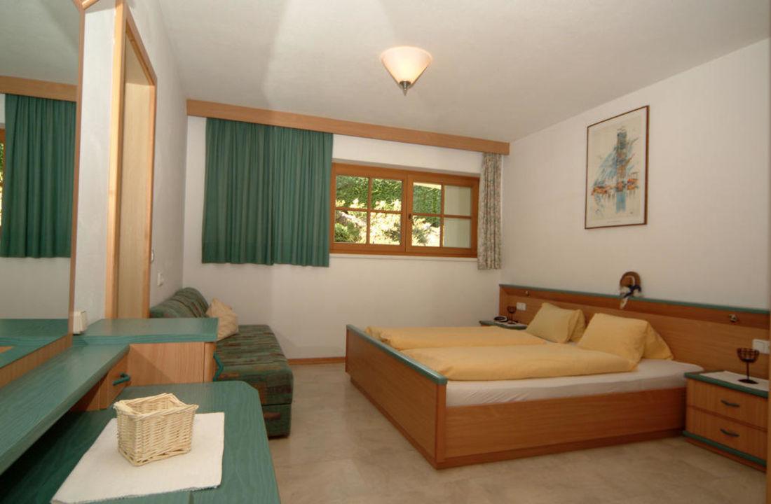 Schlafzimmer Wohnung Karstein Landhaus Schneider