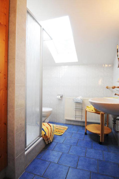 Das Badezimmer der Ferienwohnung Roswitha Wimmerhof Ising
