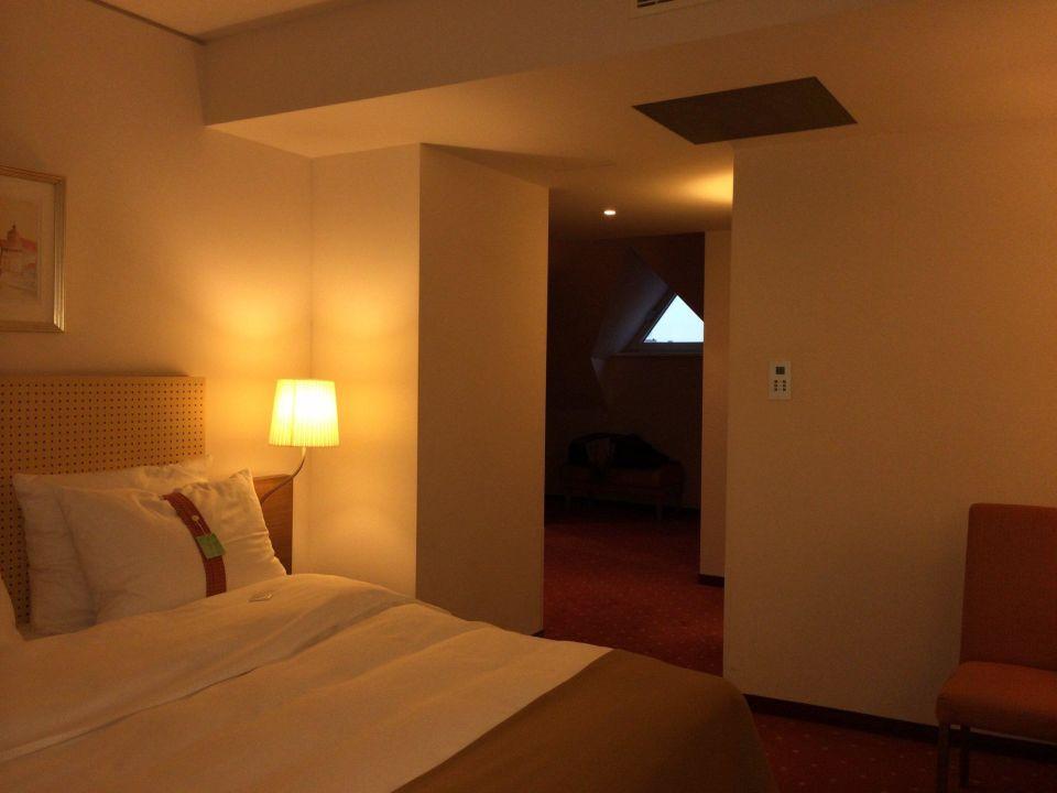 Großzügige Zimmer Hotel Holiday Inn Nürnberg City Centre