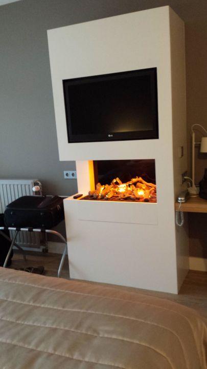 """Tv & Elektr. Kamin Mit Raucheffekt"""" Van Der Valk Hotel Groningen"""