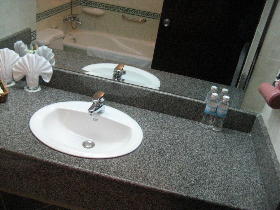 Waschbecken bad waschbecken bad kreatives haus design for Ideen bad waschbecken