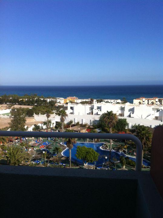 Ausblick Pool und Meerblick LABRANDA Golden Beach Hotel