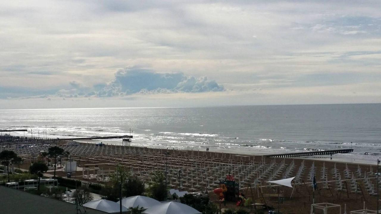 Ausblick vom Balkon. Hotel Adriatic Palace