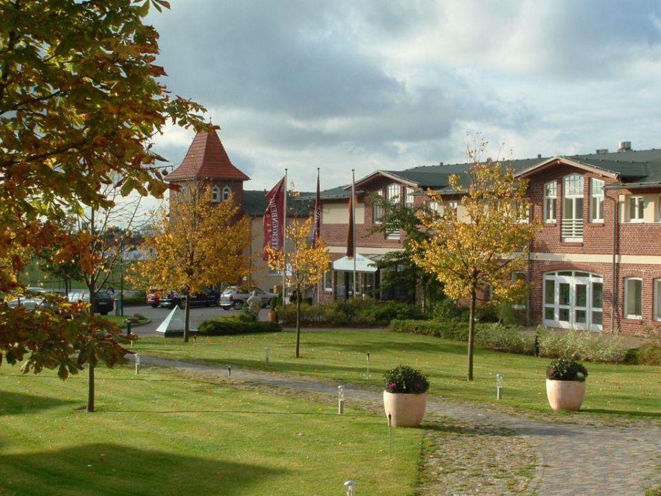 Seitenflügel Precise Resort Rügen