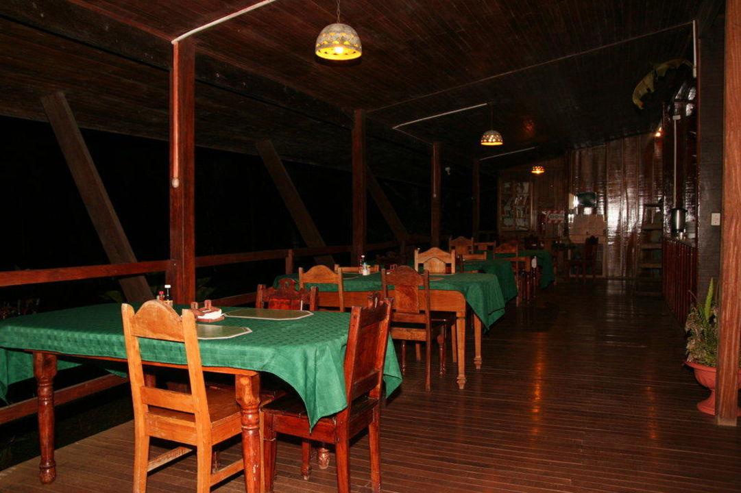 Teil des Restaurants Hotel Laguna del Lagarto Lodge