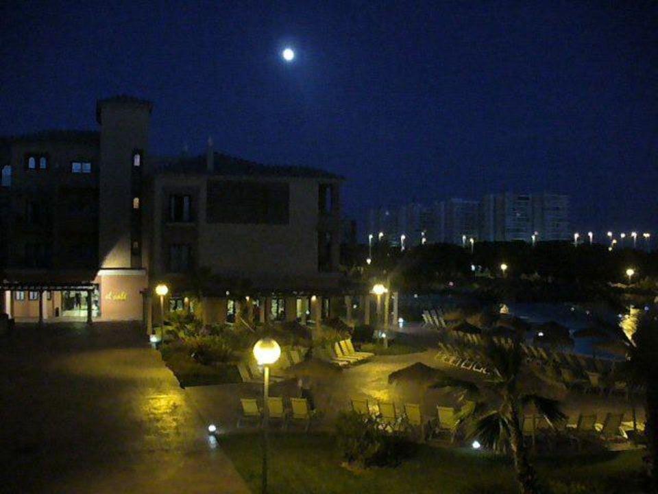 Pool am Abend Barcelo Punta Umbria Beach Resort