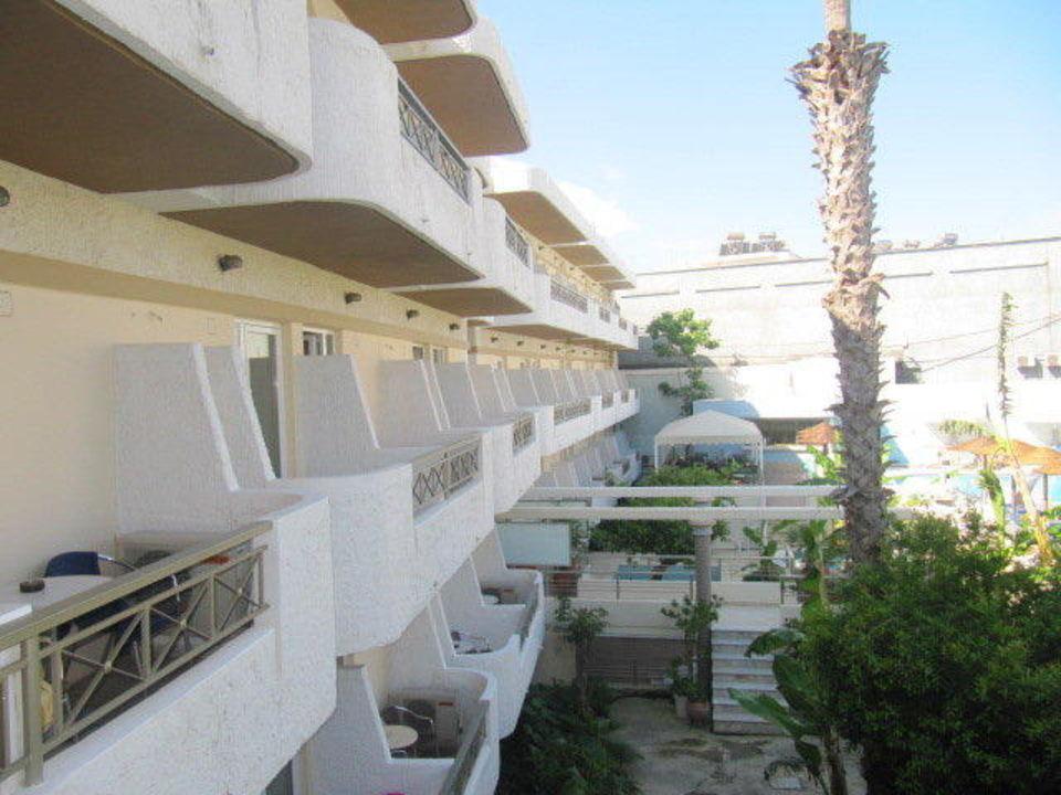 Widok z pokoju Hotel Astron