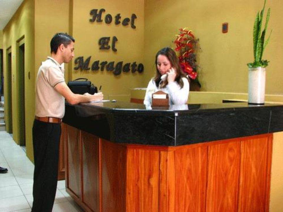 Reception Hotel El Maragato