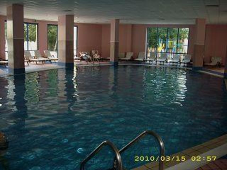 Hotelschwimmhalle Hotel Grifid Arabella