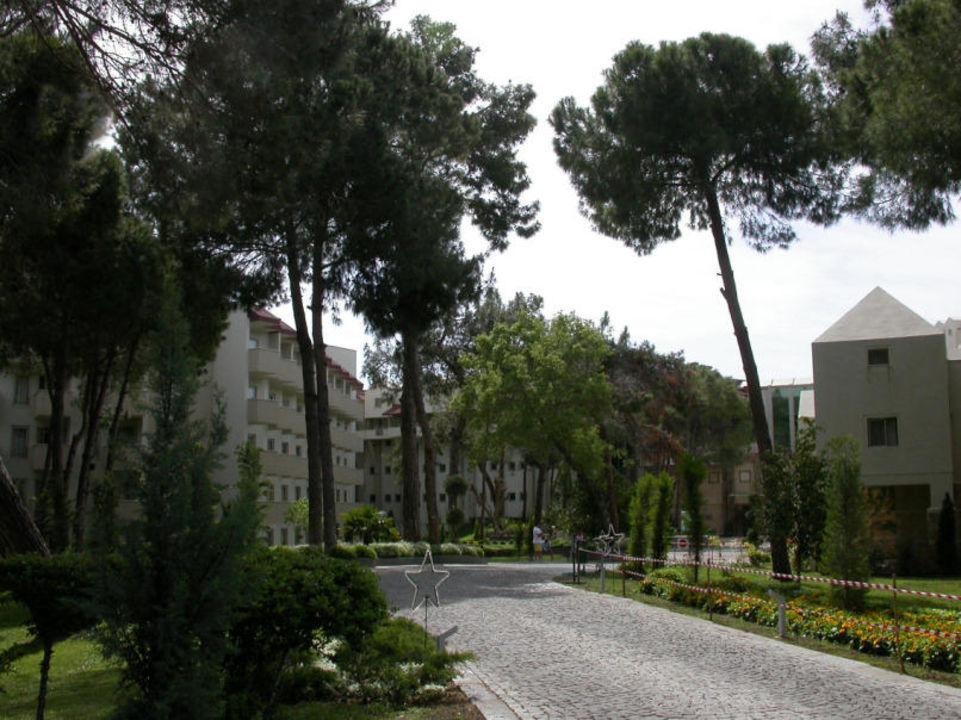 Hotelzufahrt Arcanus Side Resort