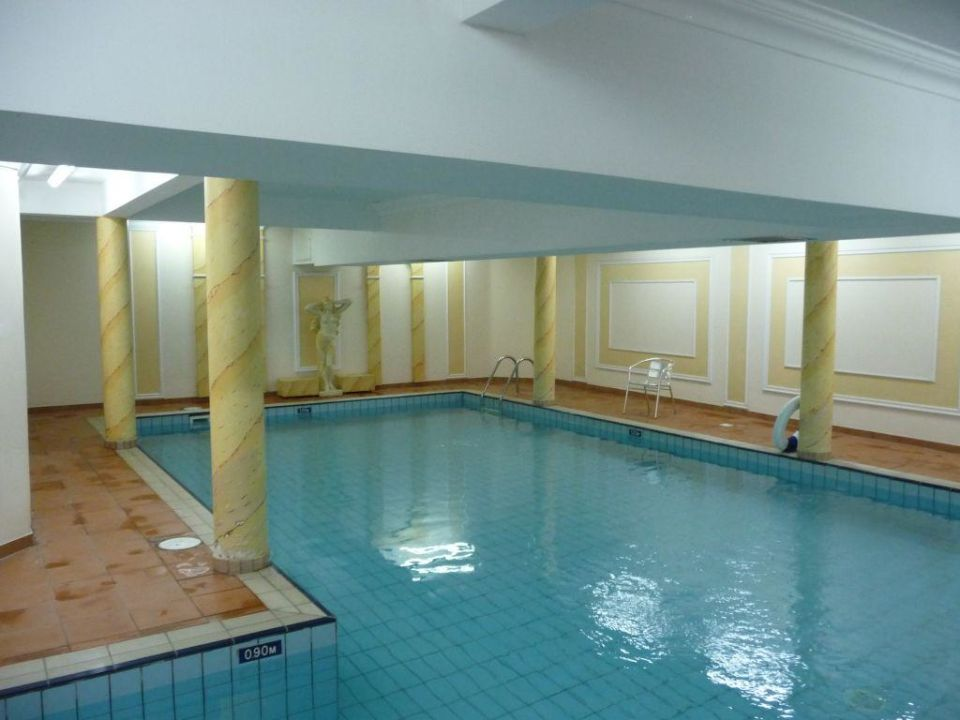 Stunning schwimmbad im keller contemporary for Jugendzimmer im keller