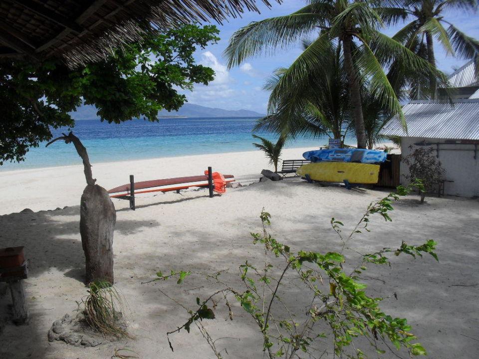 Blick vom Restaurant Richtung Tauchstation Coco Loco Island Resort