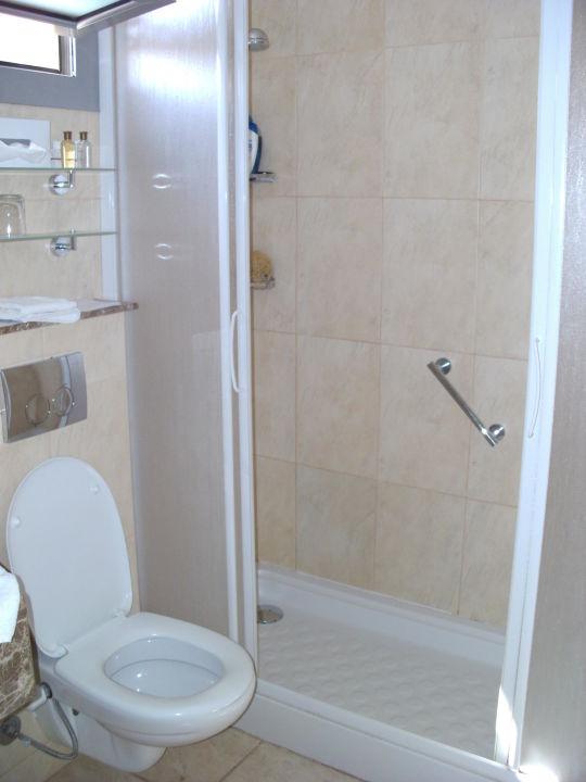 Bild badezimmer zu maritim jolie ville kings island for Badezimmer maritim