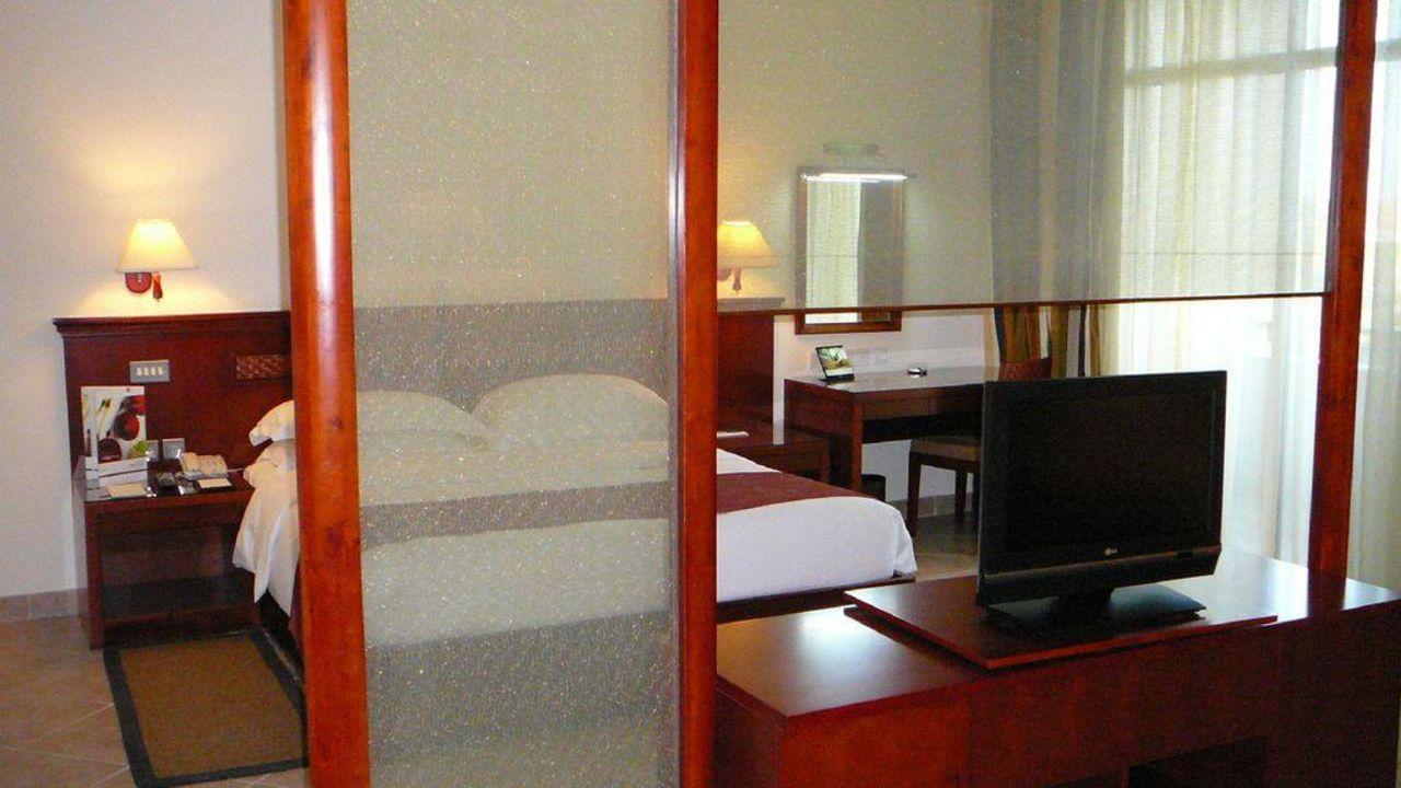 Zimmer Fujairah Rotana Resort & Spa
