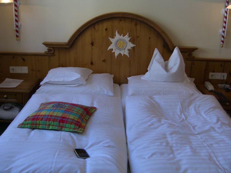 Ein gemütliches Bett Hotel Edelweiss