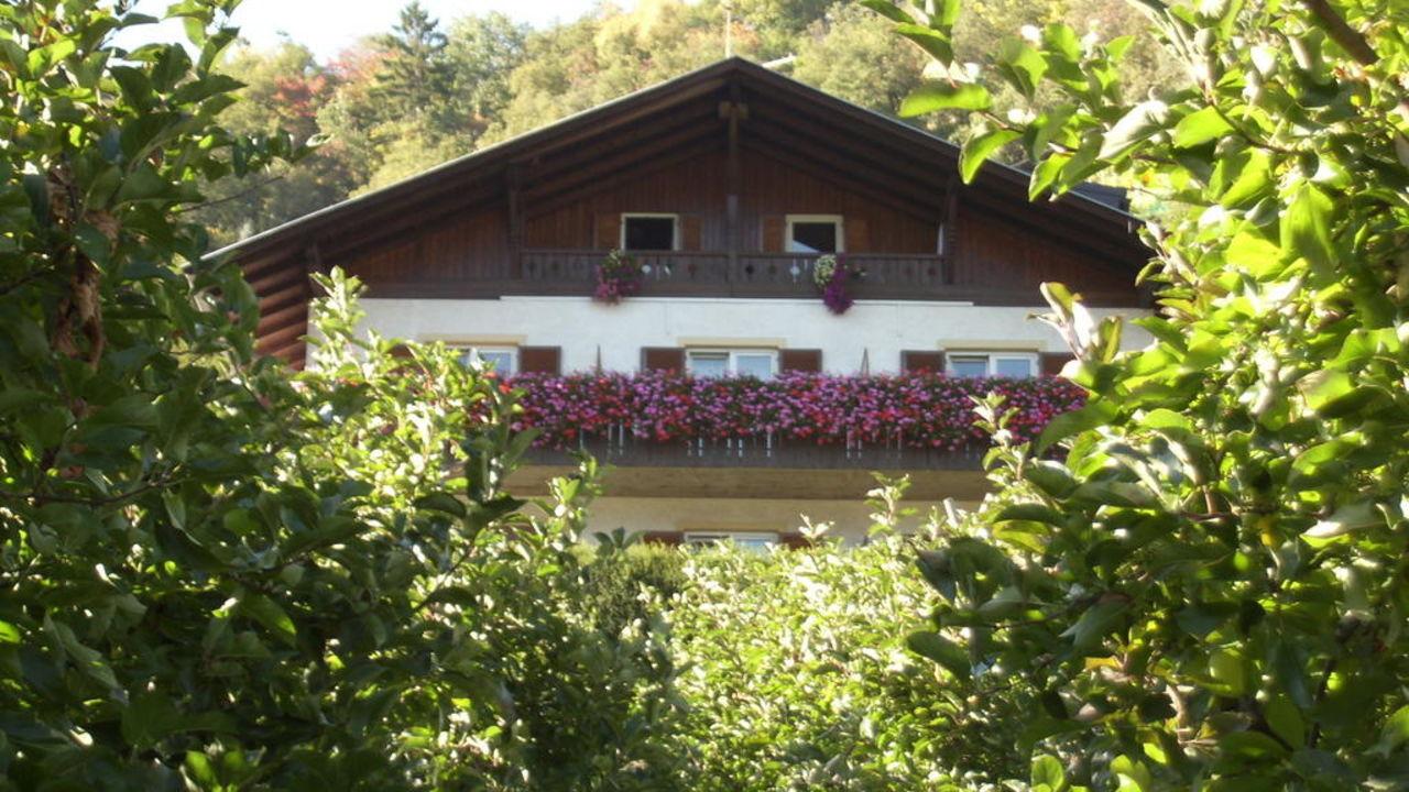 Haus mit Balkon Oberbrunnhof Ferienwohnungen