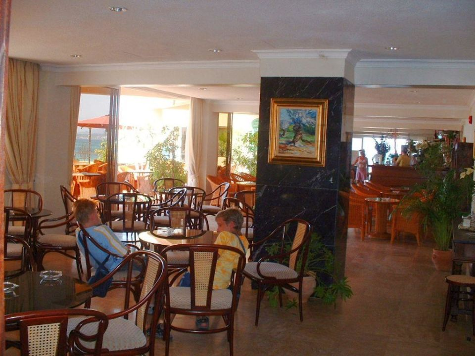 Bar innen Gran Bahia Hotel & Apartments