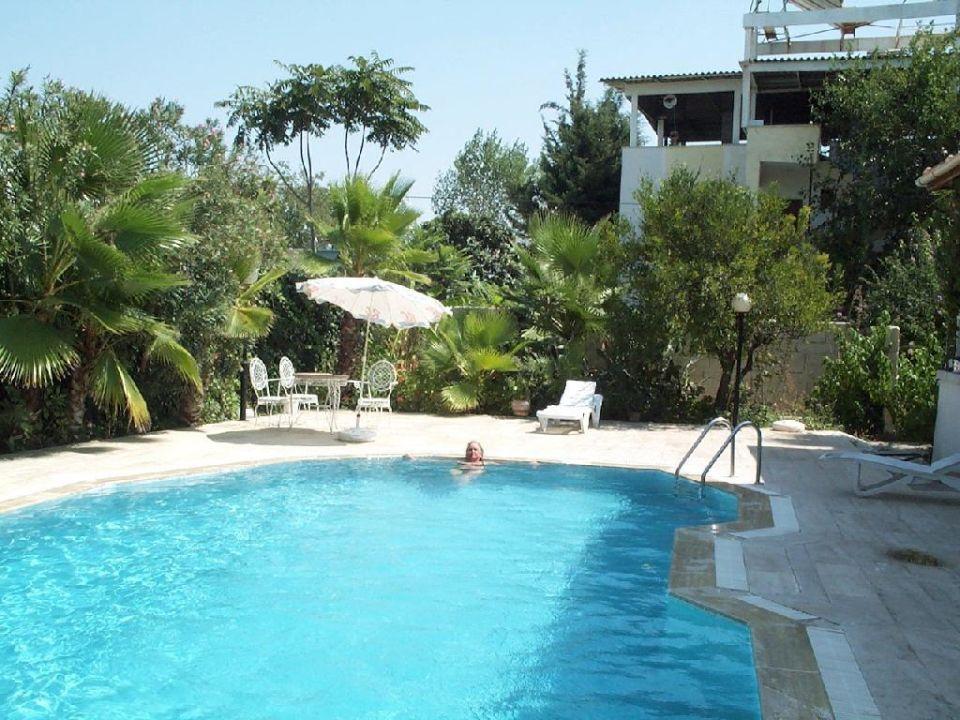 Der Pool Hotel Malibu