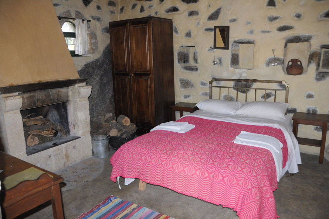 Zimmerbeispiel Milia Mountain Retreat
