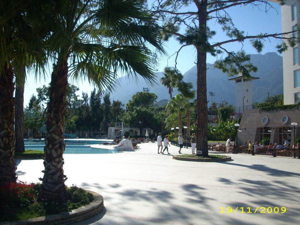 Vom Garten zum Pool Kilikya Palace Göynük