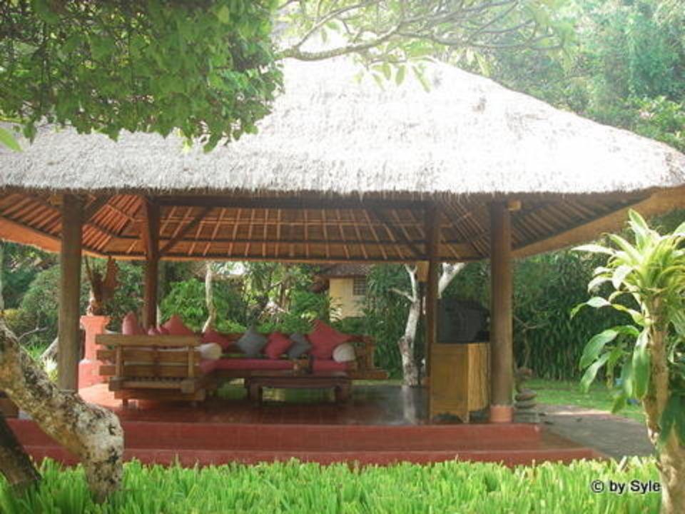 Lobby Hotel La Taverna Bali