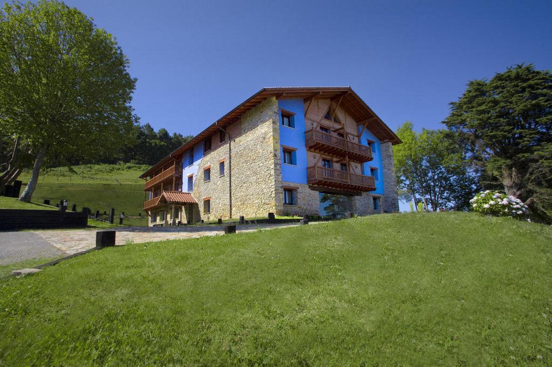 Fachada Hotel-Apartamento Rural Atxurra