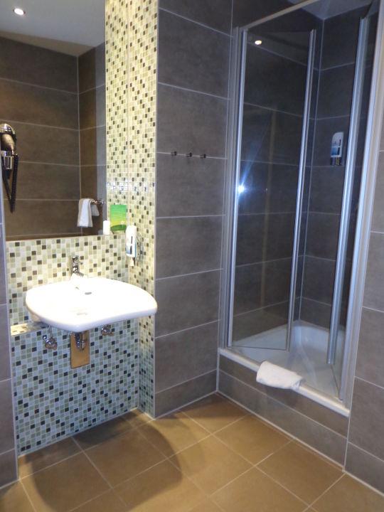 Badezimmer meininger hotel berlin mitte humboldthaus in for Badezimmer berlin