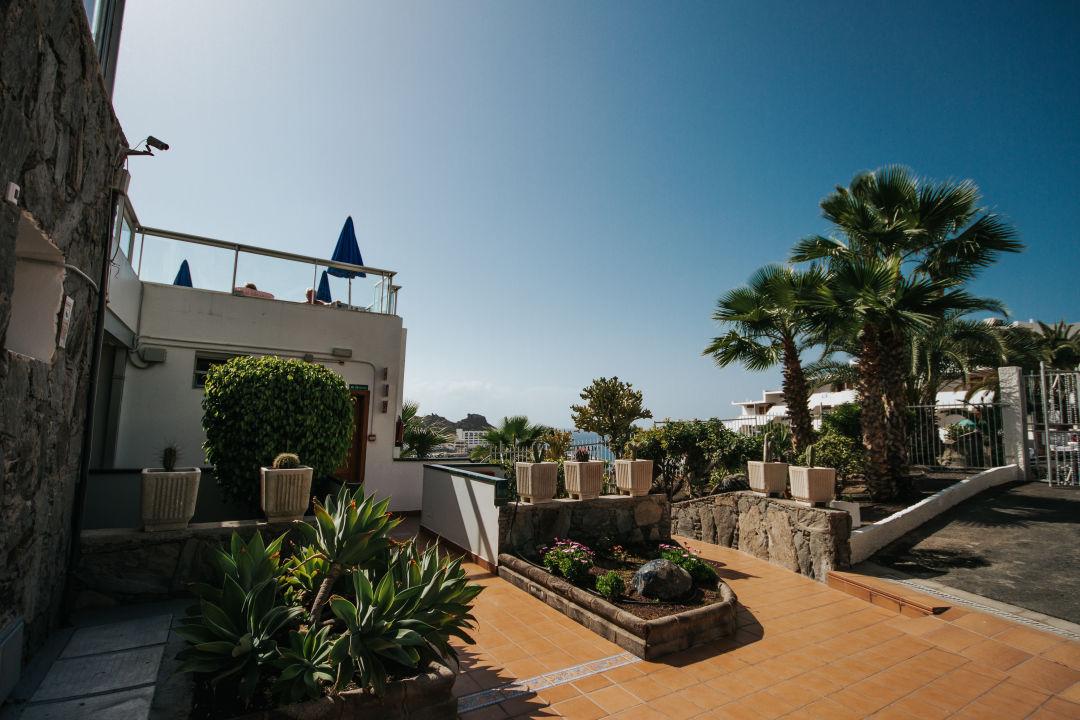 Gartenanlage Servatur Montebello Apartments