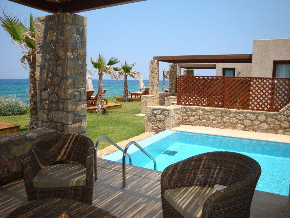 seafront suiten mit privat pool ikaros beach luxury. Black Bedroom Furniture Sets. Home Design Ideas