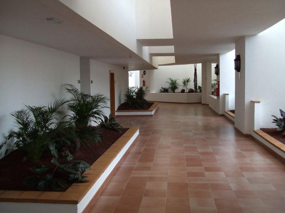 Schöner Flur Hotel Riu Paraiso Lanzarote Resort