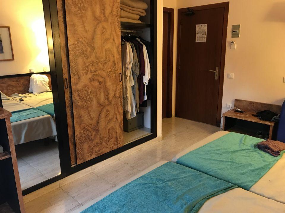 Zimmer Hotel Gran Garbi Mar