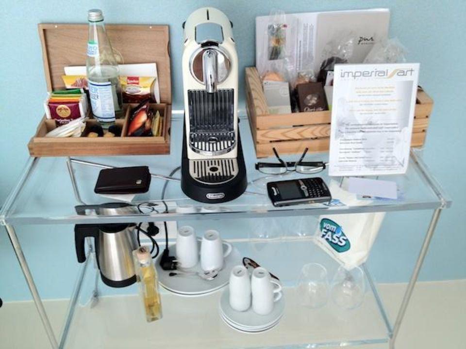 Kaffee und teebar im zimmer boutique design hotel for Art design boutique hotel imperialart