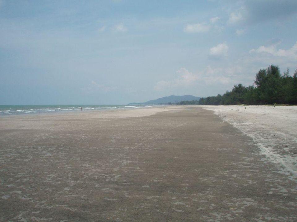 Strand vor dem Hotel Swiss Garden Resort & Spa Kuantan