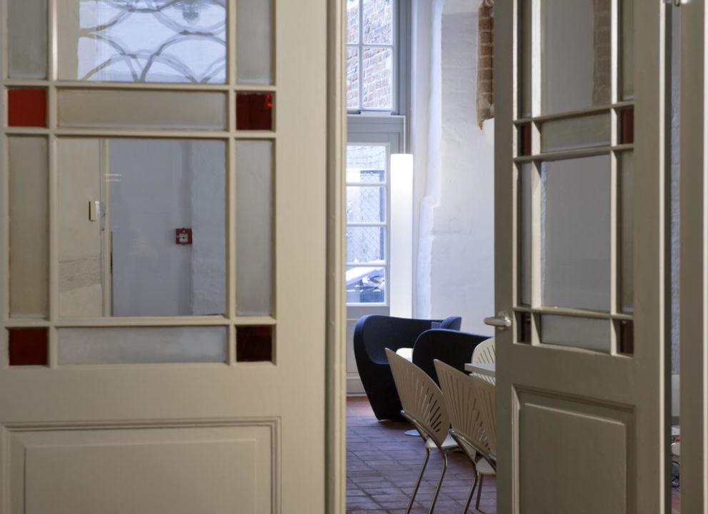 der salon zum entspannen hotel einzigartig das kleine hotel im wasserviertel l neburg. Black Bedroom Furniture Sets. Home Design Ideas