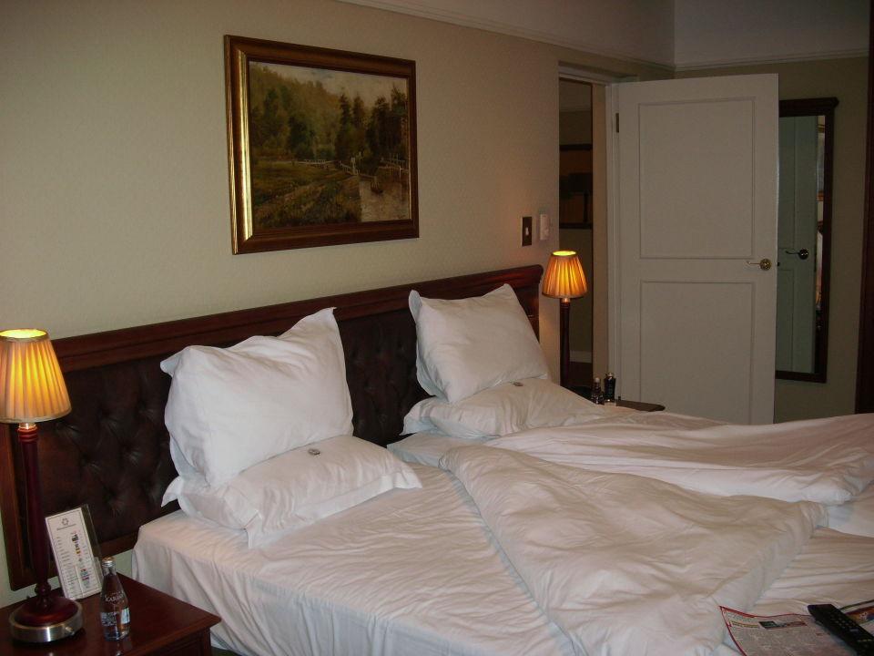 Schlafzimmer der Suit Hotel Winchester Mansions