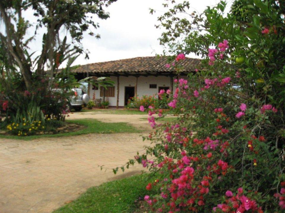 Blick auf das Nebenhaus Hacienda Anacaona