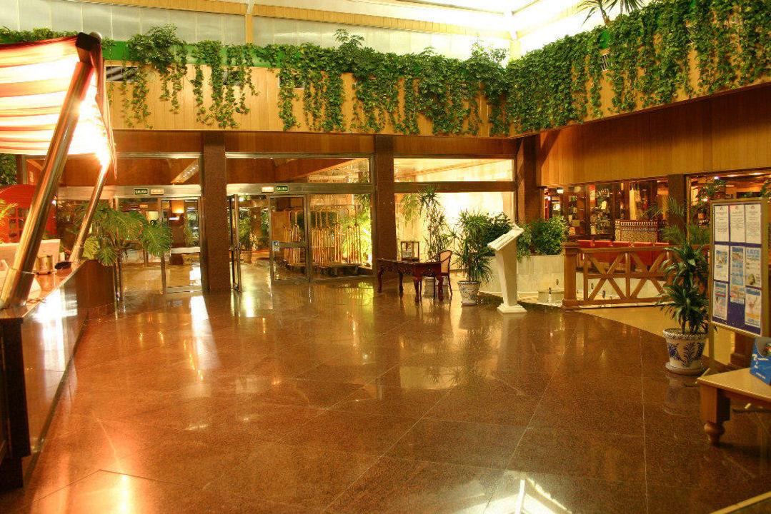 Rezeption Playadulce Hotel