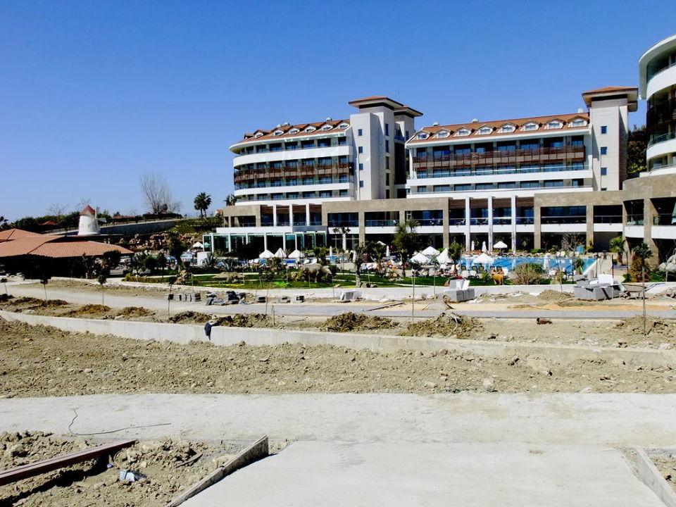 Strandpromende mit Hotel Alba Royal Hotel