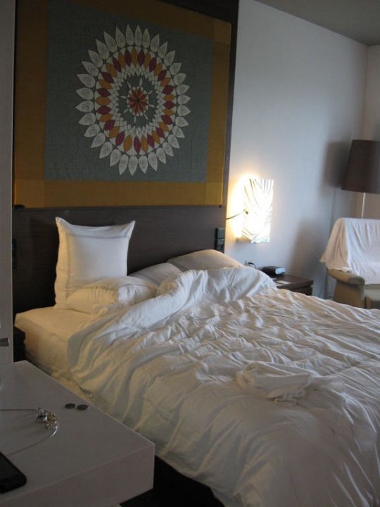Bett Hotel Swissôtel Kolkata