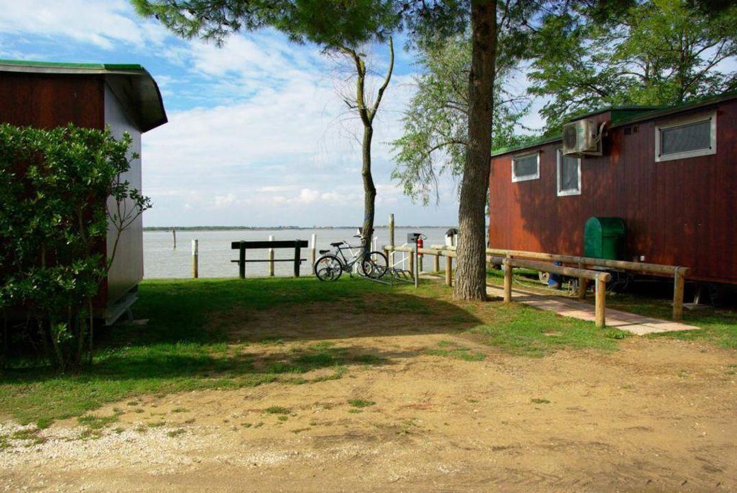 Am Ende von Bibione Yachthafengebiet Camping Capalonga