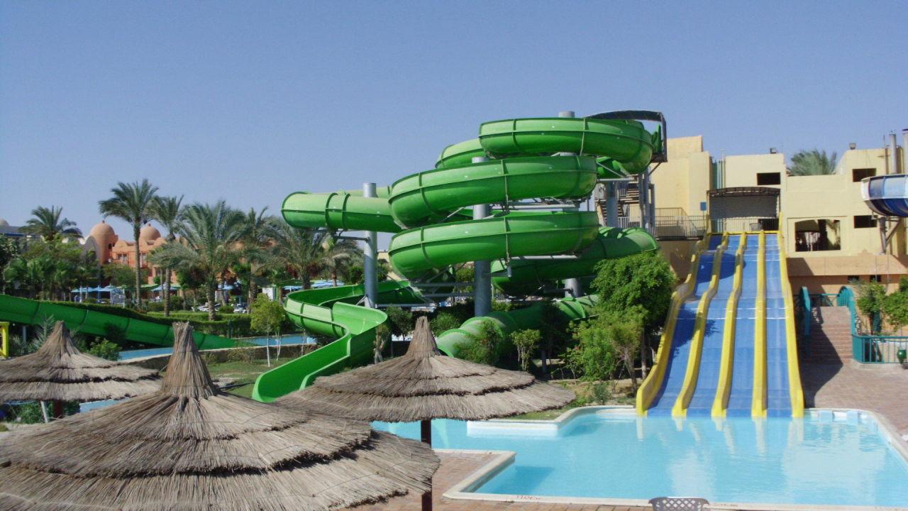 Bild tolle wasserrutschen zu hotel titanic beach spa for Tolle hotels
