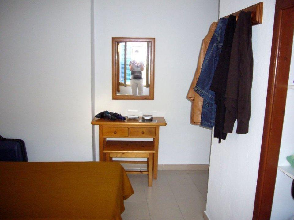 Einzelzimmer/Doppelzimmer Hostal Marina