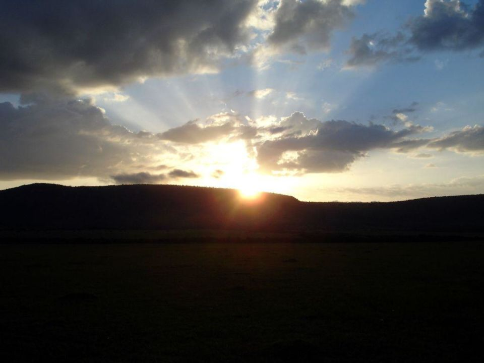 Sonnenaufgang in der Masai Mara Hotel Fairmont Mara Safari Club