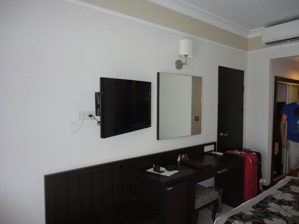 Kommode Und Spiegel Maritim Hotel Saray Regency Side Titreyengol