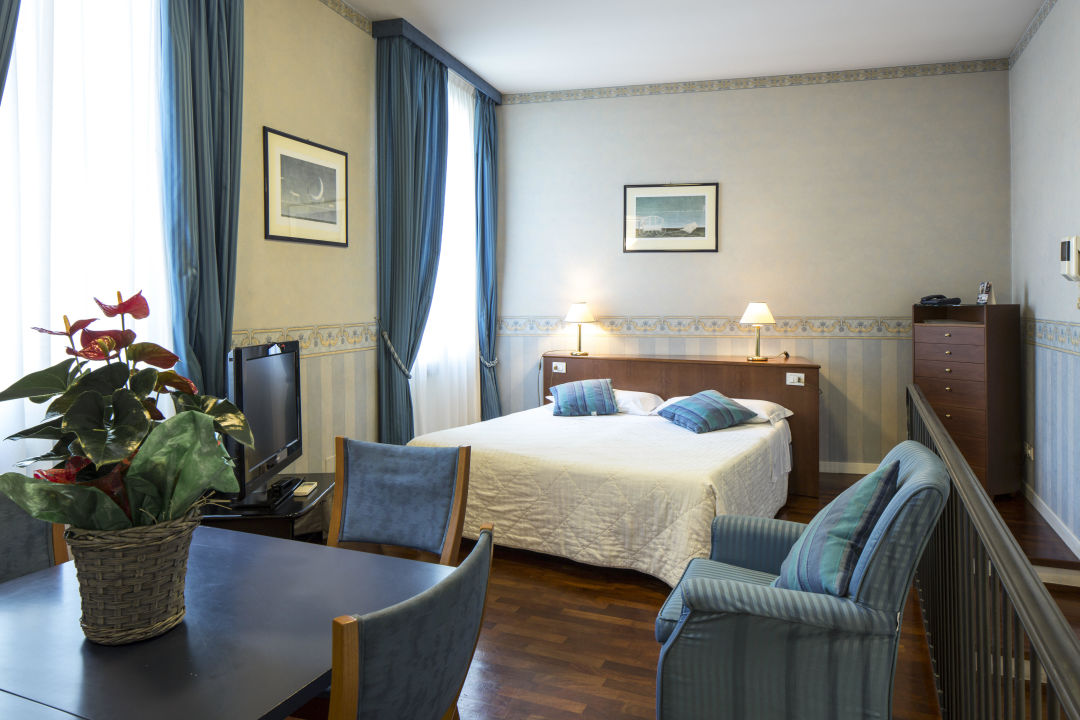 Junior Suite camera mtatrimoniale Nuovo Hotel Del Porto
