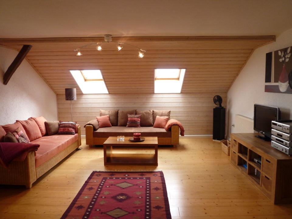 """gemütliches wohnzimmer mit 2 sofas (ansicht 1)"""" ferienwohnungen, Wohnzimmer"""
