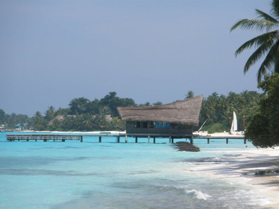Bootssteg mit Tauchschule Kuramathi Maldives