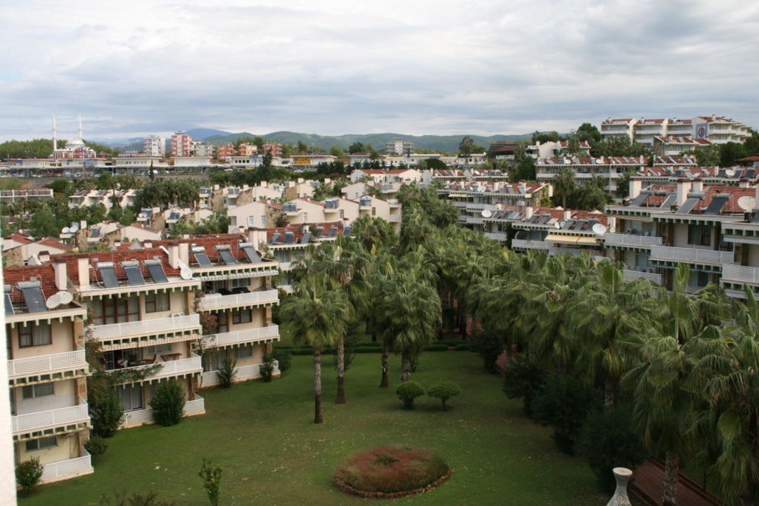 Ausblick von Zimmer Nr. 1306 zur Landseite  Kirman Leodikya Resort